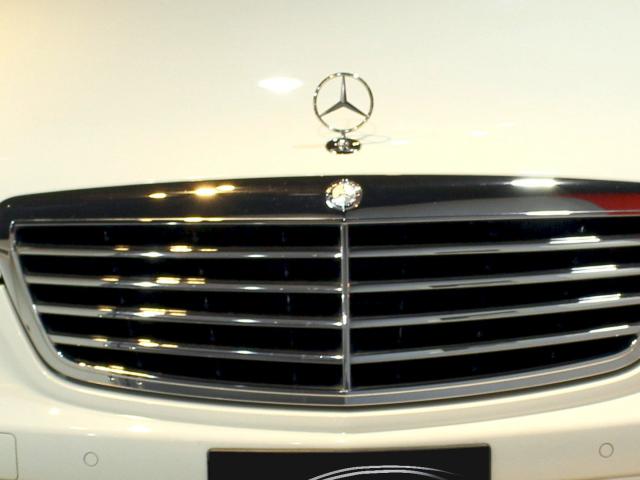W221 bonnet bumper gap mercedes benz owners 39 forums for Garage mercedes gap